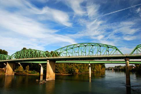 Albany_Bridge_(Linn_County,_Oregon_scenic_images)_(linnDA0010b)